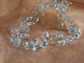 宝石質スイストパーズのネックレスの画像