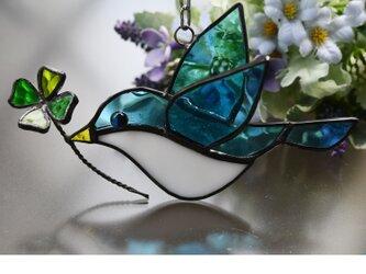 ステンドグラス お目目キラキラ青い鳥 クローバーの画像