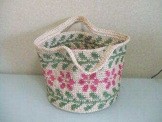 メリヤス細編み編み込み模様トートバッグ  ボタニカルの画像