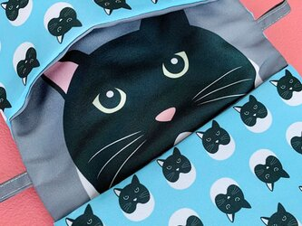 小物入れにもなる猫柄マスク用ポーチ03(ブルー系)の画像