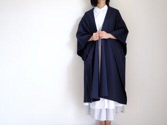新作・ロング ケープ コート Re_1say /部分サッカー・ポリエステル コットン【格子・紺】 long cape coatの画像