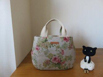 yuwaバラ柄リネン生地のタック底トートバッグ ちょっと小さめの画像