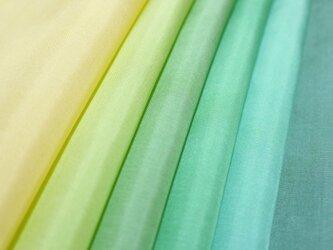 (V-1)正絹 胴裏 手染め6枚 はぎれセット グリーン系 つまみ細工用布の画像