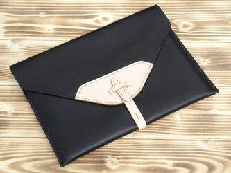 ハンドメイドiPad2・新しいiPad用レザーケース(黒・ヌメ)の画像