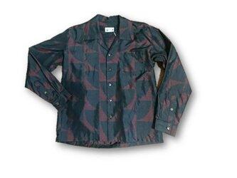 1 大島紬リメイク メンズ長袖シャツ(赤×黒・M)の画像