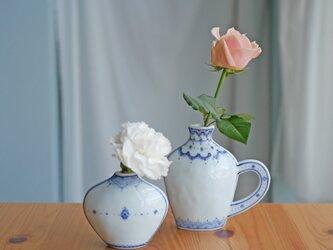 【再販】異国の香り お庭の花が似合う一輪挿し Sの画像