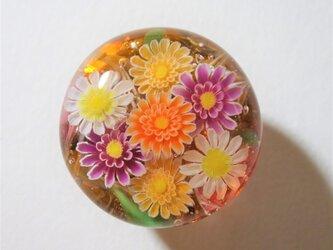 《ガーベラ》 帯留め ガラス とんぼ玉 着物 浴衣 花の画像