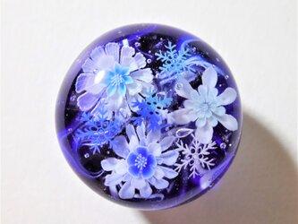 《雪華~雪の結晶》 帯留め ガラス とんぼ玉 着物 浴衣の画像