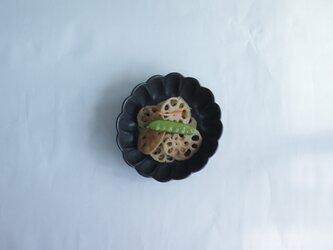 輪花鉢 サイズ小 黒の画像