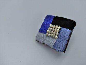刺繍のおとなポニーフック (金属アレルギー対応)の画像