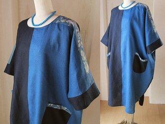 リネン 絵画な4色パッチワーク ゆったり ドレープワンピース YUWA ネイビー ターコイズブルーの画像