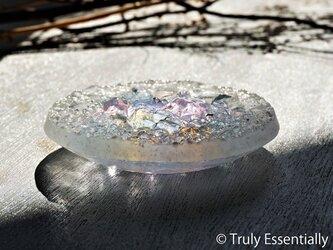 ガラスのアクセサリートレイ -「 KAKERAの光 」 ●  ライラック ● 11.5cmの画像