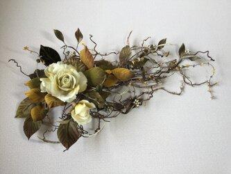 布花秋の薔薇の画像