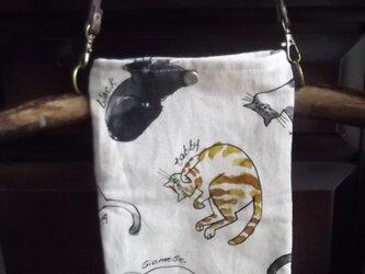ゴロン猫のスマホポーチ。メガネケースにも(送料無料)の画像