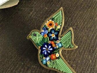 鳥のブローチ(ライトグリーン)の画像