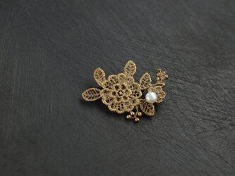 Flower lac パールブローチの画像
