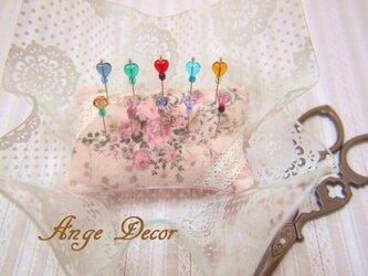 ◆◇ガラス飾りの待ち針10本セット(お花・ハート)◇◆の画像