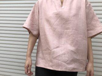 """男女とも使える""""リネン100%""""涼しいメンズTシャツ(ピンク・半袖)の画像"""