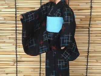 「井桁重なる浴衣…黒」27cmドール着物の画像