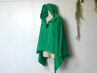 鮮やかグリーン ショート丈ポンチョ 良質生地 ~ ジャケット ショートコート 羽織る マント ケープの画像
