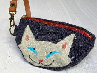 三日月猫のエコバッグポーチ〈白猫 デニム調〉の画像