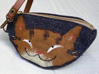 三日月猫のエコバッグポーチ〈トラ猫 デニム調〉の画像