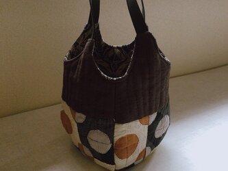 大島紬のトートバッグの画像