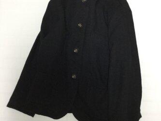 リネンツイル 黒ジャケットの画像