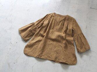 【秋NEW】フレアスリーブ/flare sleeve blouse lithuanianlinen CAMELの画像
