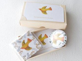 小鳥のハッピーボックスの画像