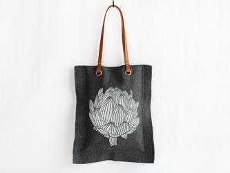"""メルトンウールのバッグ """"artichoke_GY""""の画像"""
