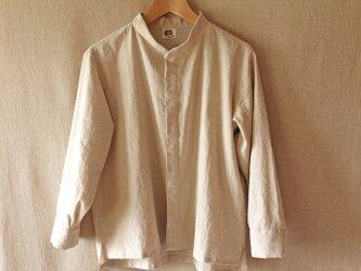 シンプルスタンドカラーシャツ(生成り) unisex Sの画像
