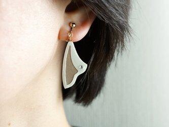 片耳0.3g『Sail』Beach : 軽い・痛くなりにくい紙のイヤリング [ピアス可], ペーパージュエリーの画像