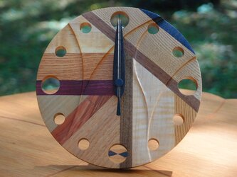 無垢の木の電波置き掛け時計 モザイク 0001の画像