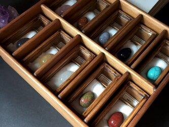 卵形天然石の標本セットその2。の画像
