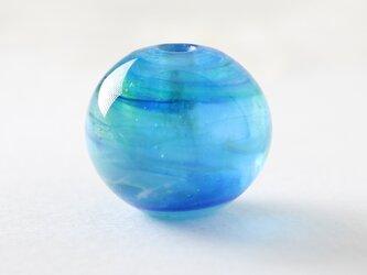 ガラスアクセサリー【青】縞の小石 L155の画像