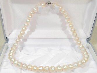 10.5-9.5mm本真珠(淡水)のネックレス(ナチュラルカラー、42.5cm)の画像