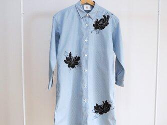 ロングシャツ ギンガムチェック水色 <黒牡丹>の画像