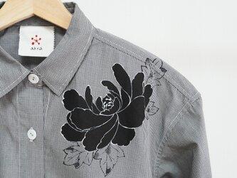 ロングシャツ ギンガムチェック黒 <黒牡丹>の画像