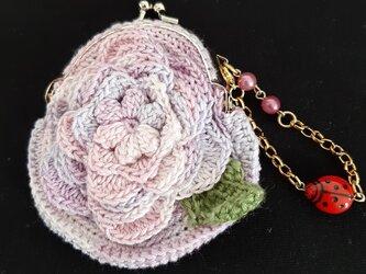 編みがま口ポーチ 立体お花 ピンクグラデーションの画像