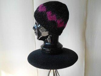 ローズハートの編み込み帽子の画像