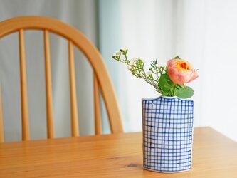 四角のリバーシブル花びん チェック/ドットの画像
