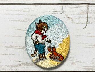 手刺繍ブローチ*ルイス・ウェイン「子供のための猫のアルファベット」よりの画像