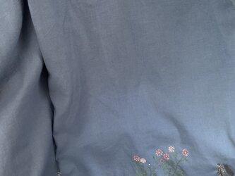 綿麻 ロングスカート コスモスと猫たちの画像