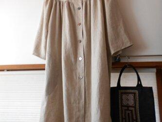 一重のコート型ワンピース 厚手リネンの画像
