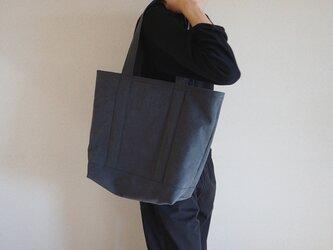 TOTE BAG (2L) / charcoalの画像