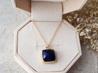 【14kgf】宝石質ラピスラズリのスクエア一粒ネックレスの画像