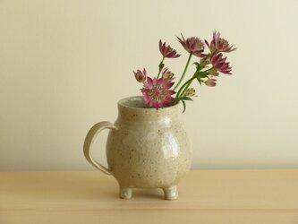 3つ足花瓶 I001の画像