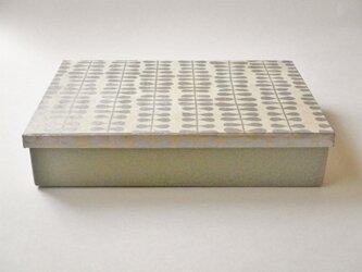 A4紙箱『つらなり』の画像