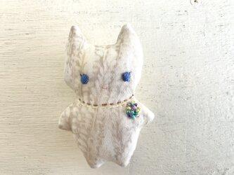 ブローチのネコ(4)の画像